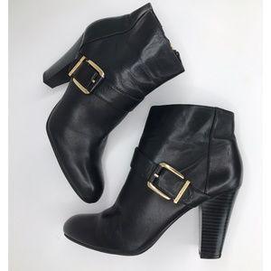 Dana Buchman Dupont Black Boots, Size 8